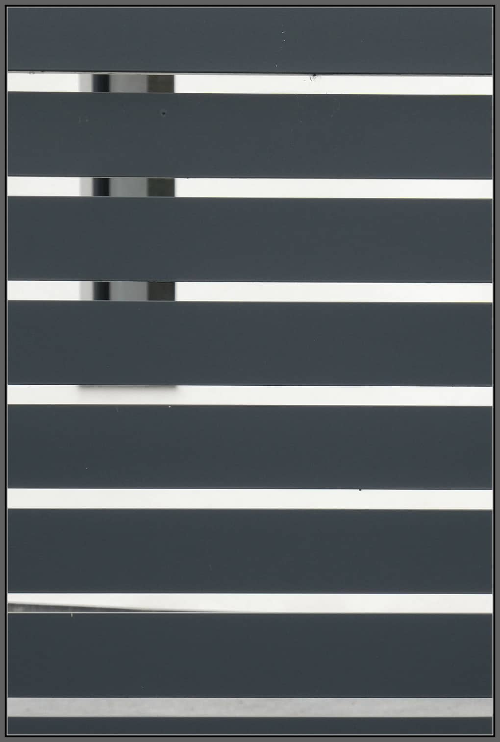 Grey bars against a white background - lockdown life